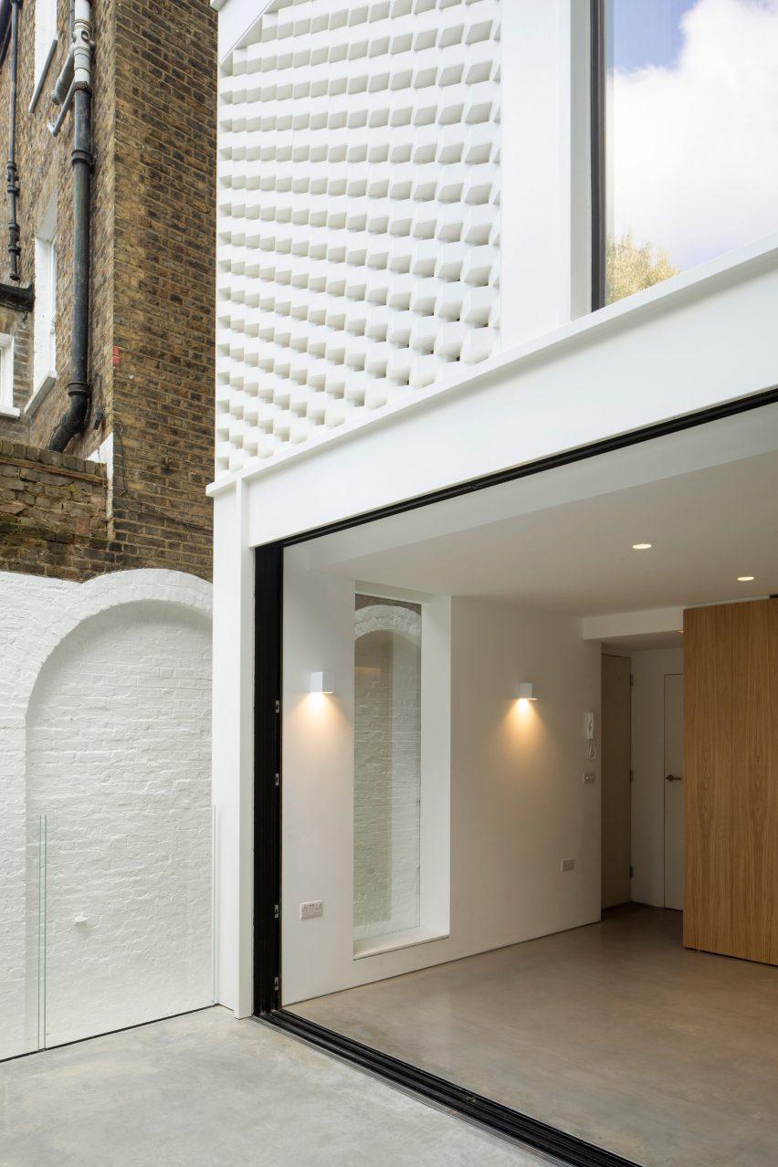 Glazed ground floor room in woodsmen Road
