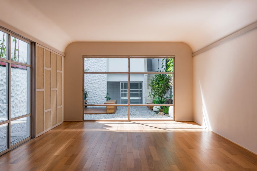 Superlimão overhauled the property to include a yoga studio