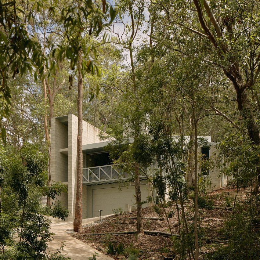 Mt Coot Tha House by Nielsen Jenkins