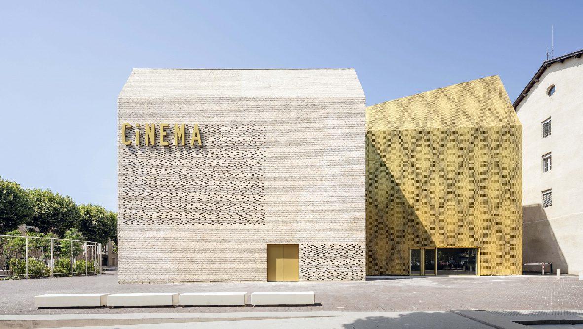 Cinema Le Grand Palais, France, by Antonio Virga Architecte