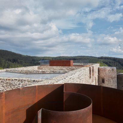 dezeen-awards-2021-shortlisted-helfštýn-castle