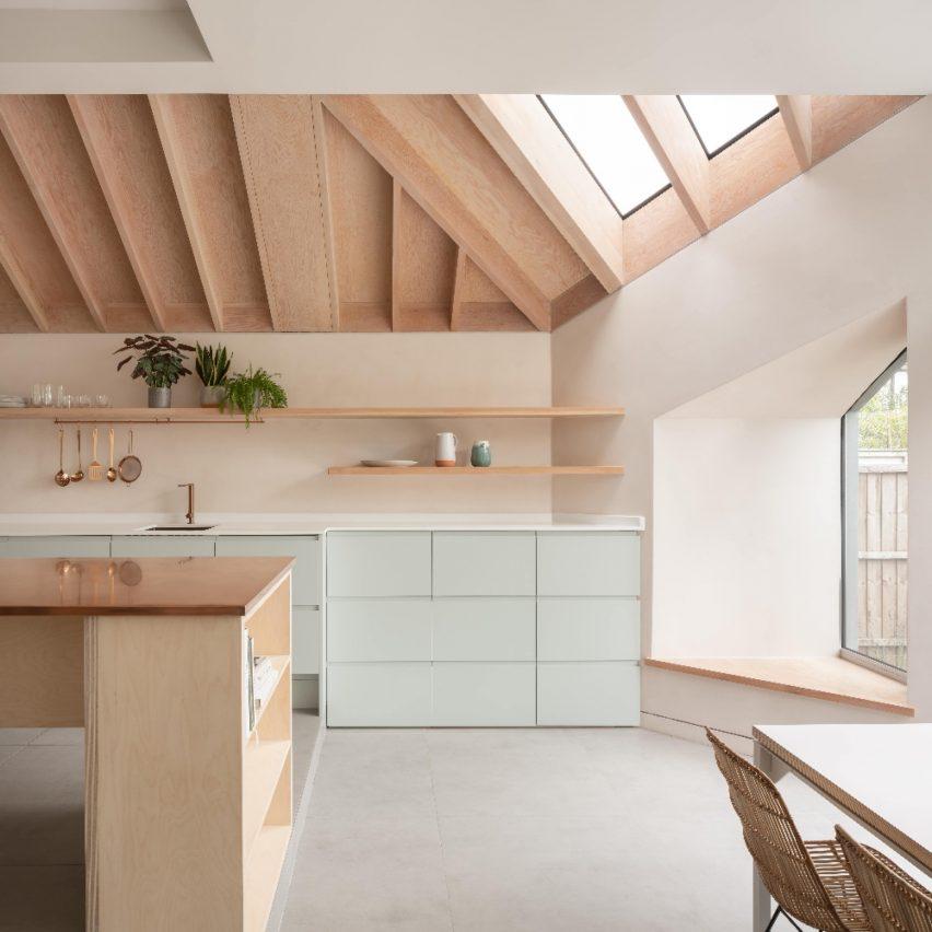 dezeen-awards-2021-shortlisted-quarter-glass-house