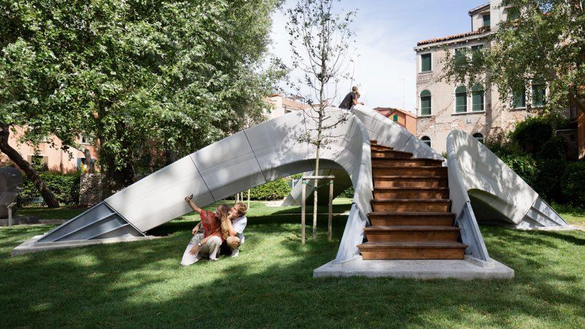 Striatus 3D-printed concrete bridge