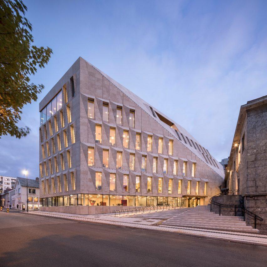 dezeen-awards-2021-shortlisted-the-bodø-city-hall