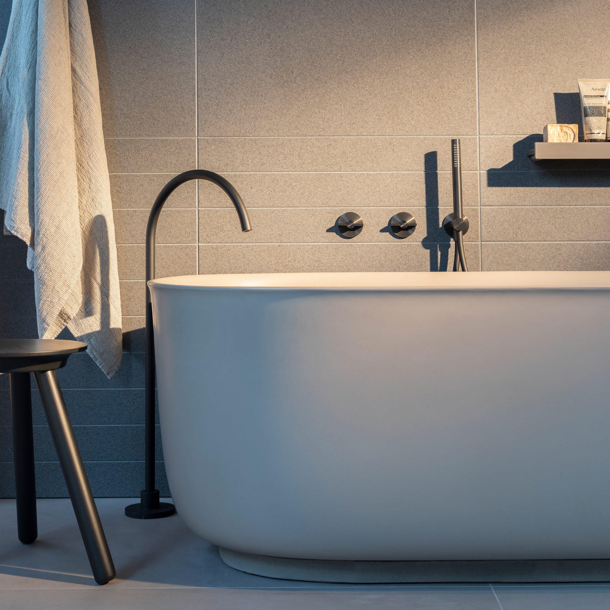 Valvola01 bathroom taps by Studio Adolini for Quadro Design