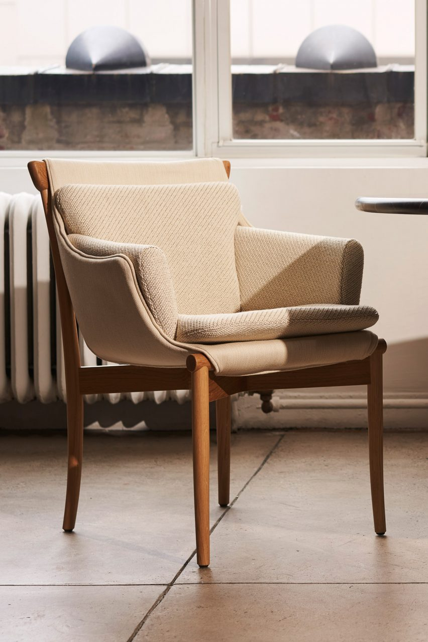 Viva chair in beige