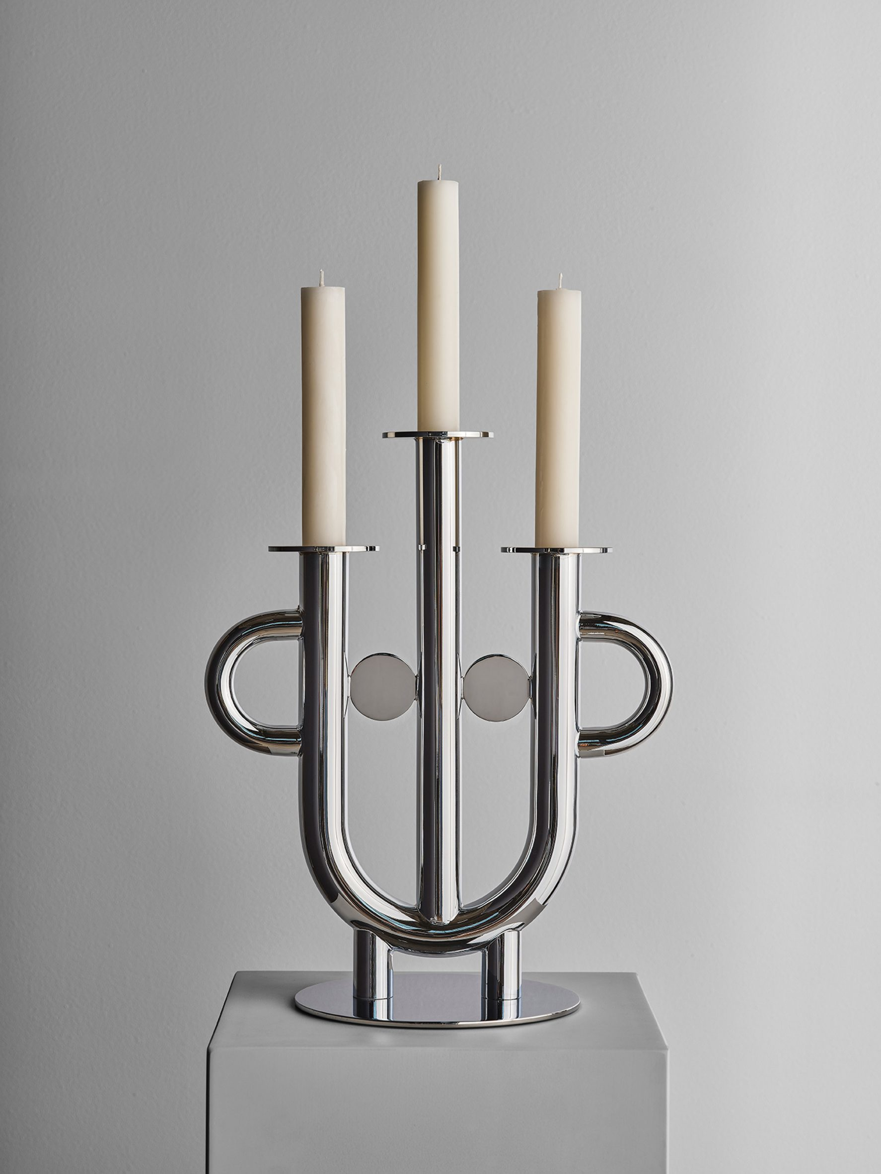 Jaime Hayon face-shaped candelabra