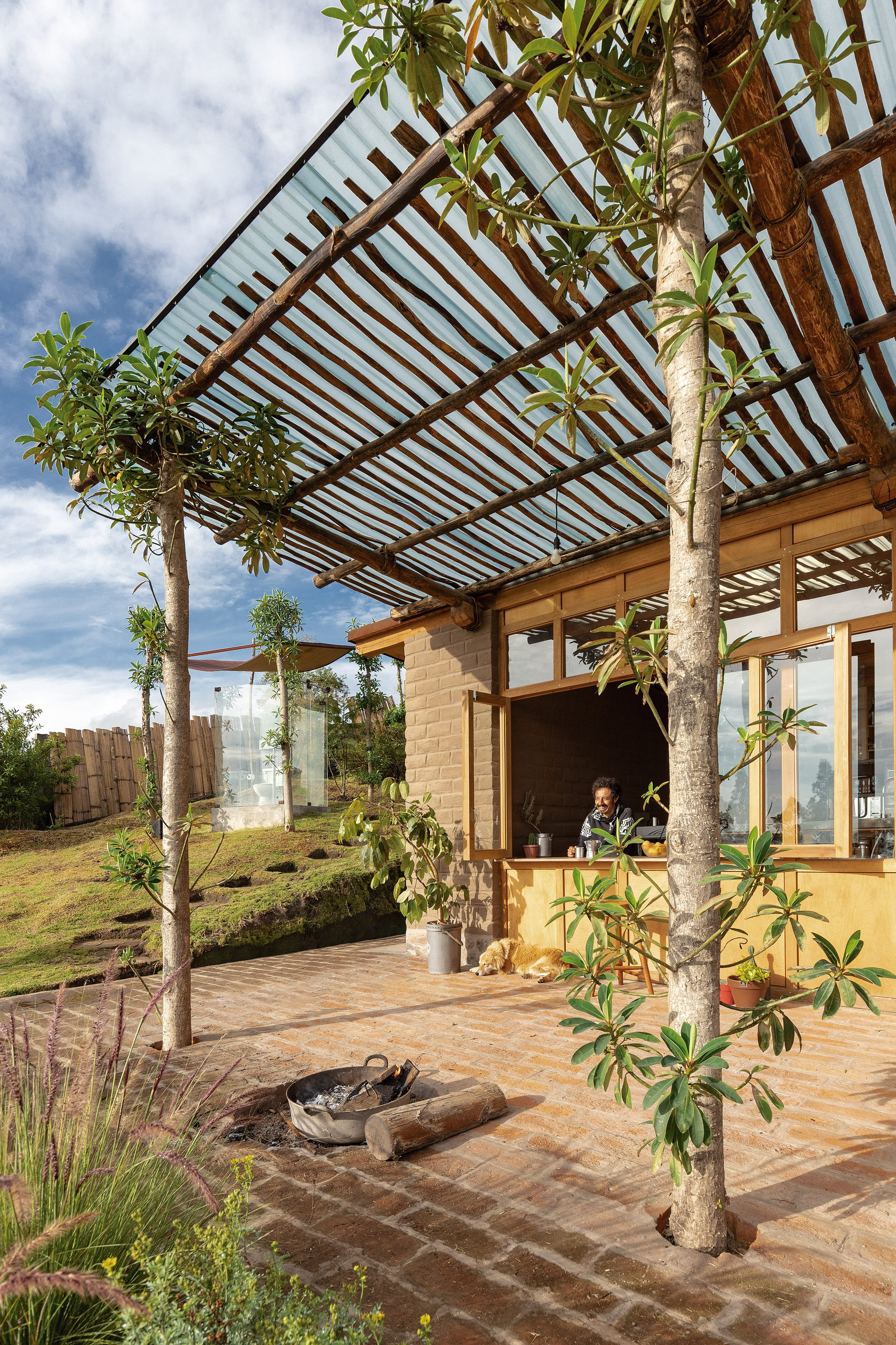 Dinding Rammed-earth