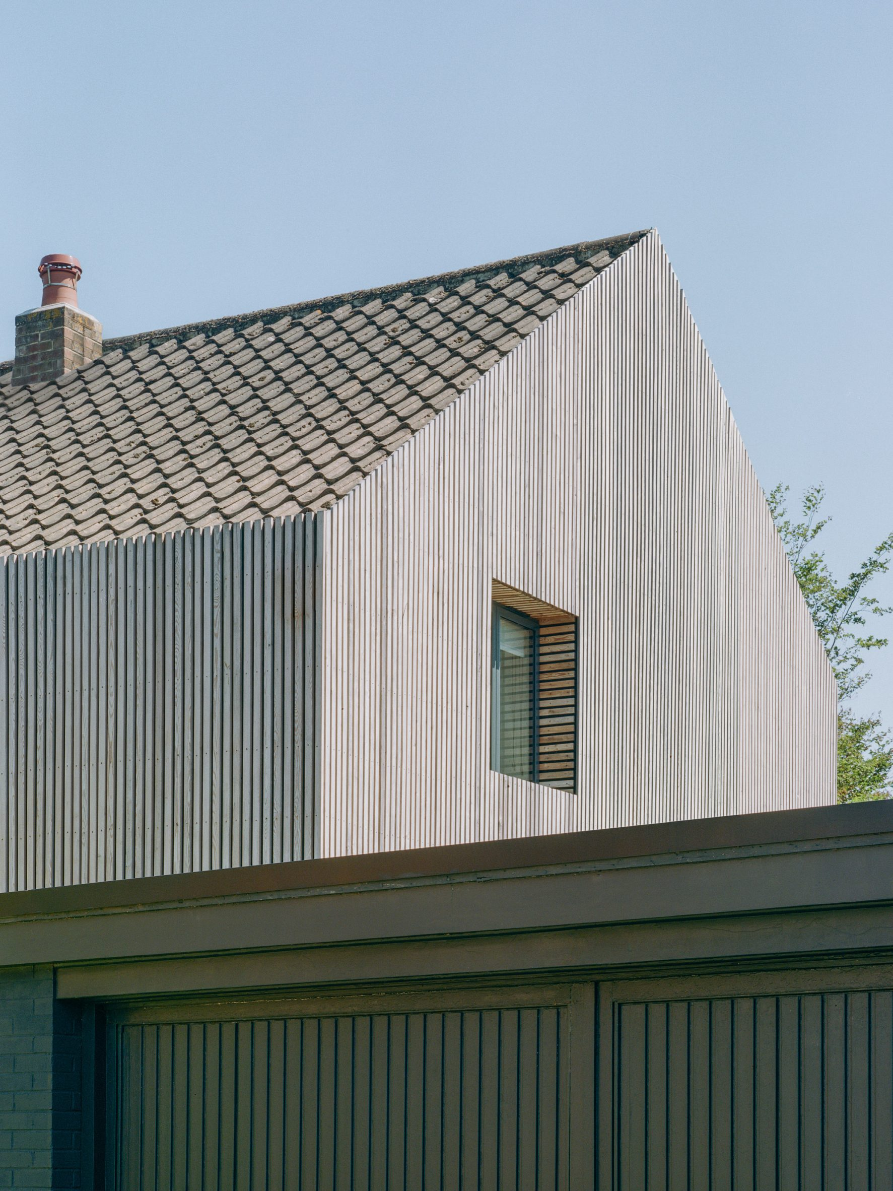 Gable end of Bawa House by Alter & Company