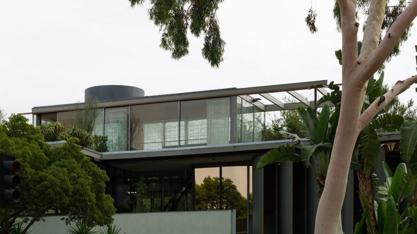 Penthouse of the VDL II house from the exterior
