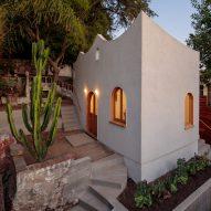 Scalloped parapet tops Byben & Skeens' whimsical studio in Los Angeles