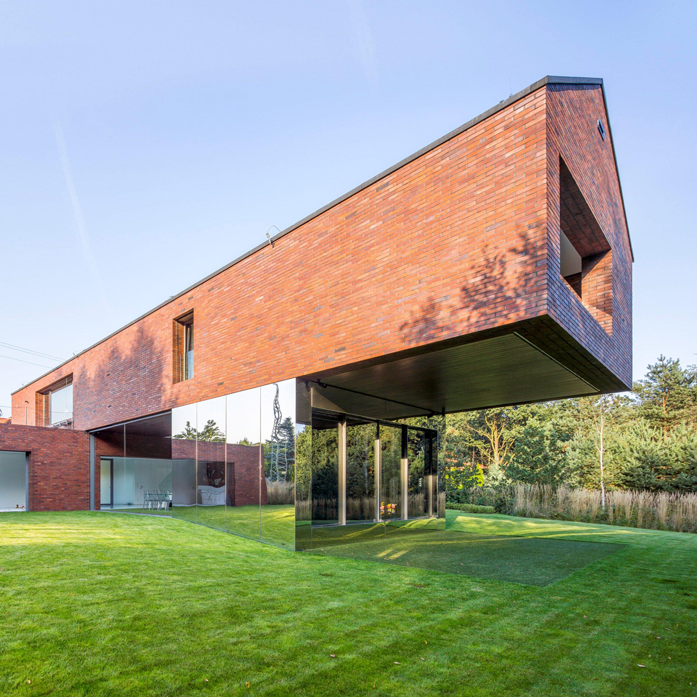 Living-Garden House by architect Robert Konieczny