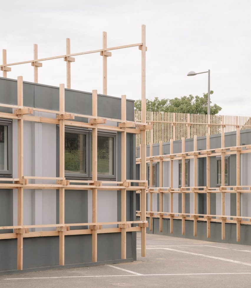 Wooden screens on Construction Skills School by EBBA Architects