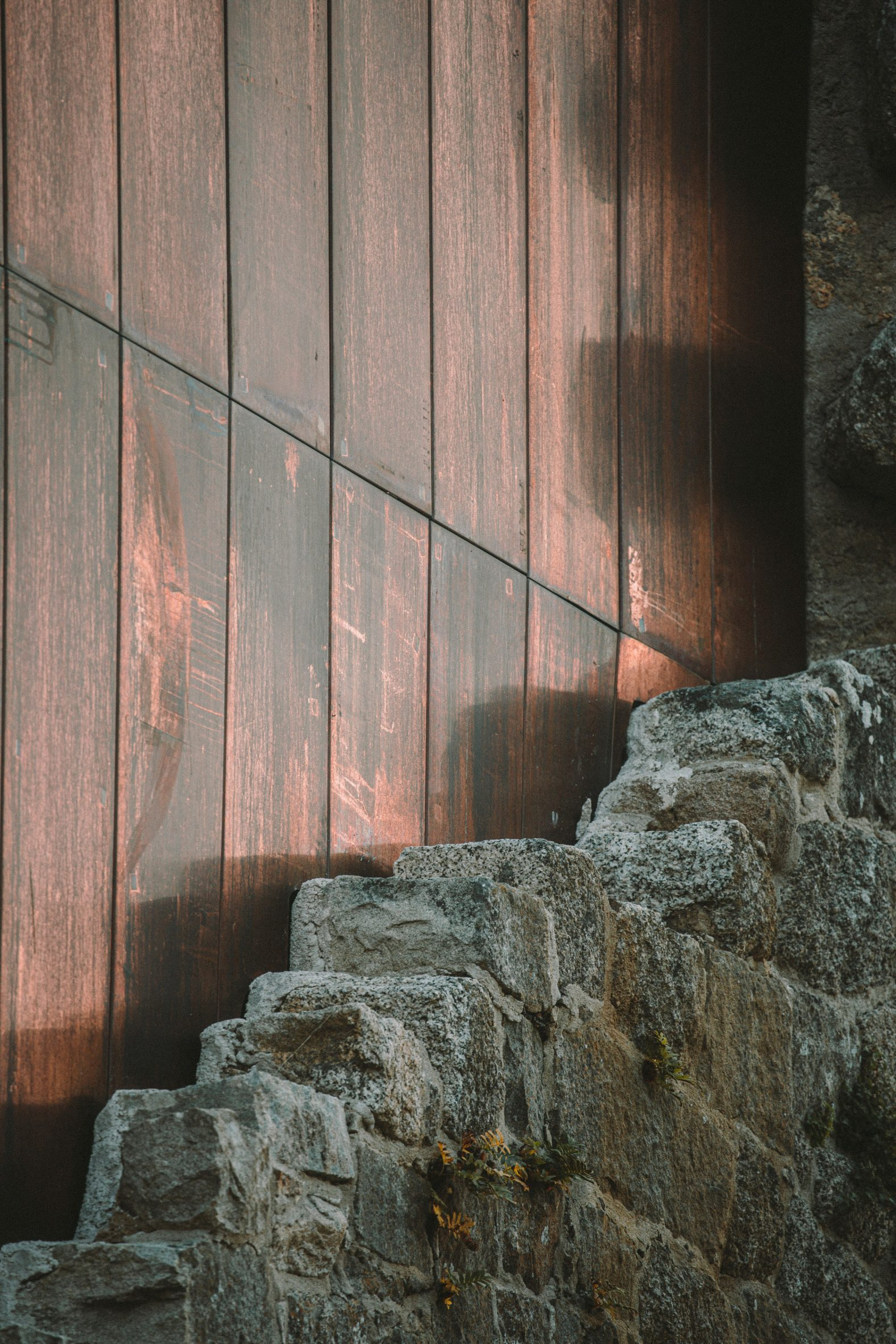 Copper sheets were fitted behind the stone walls