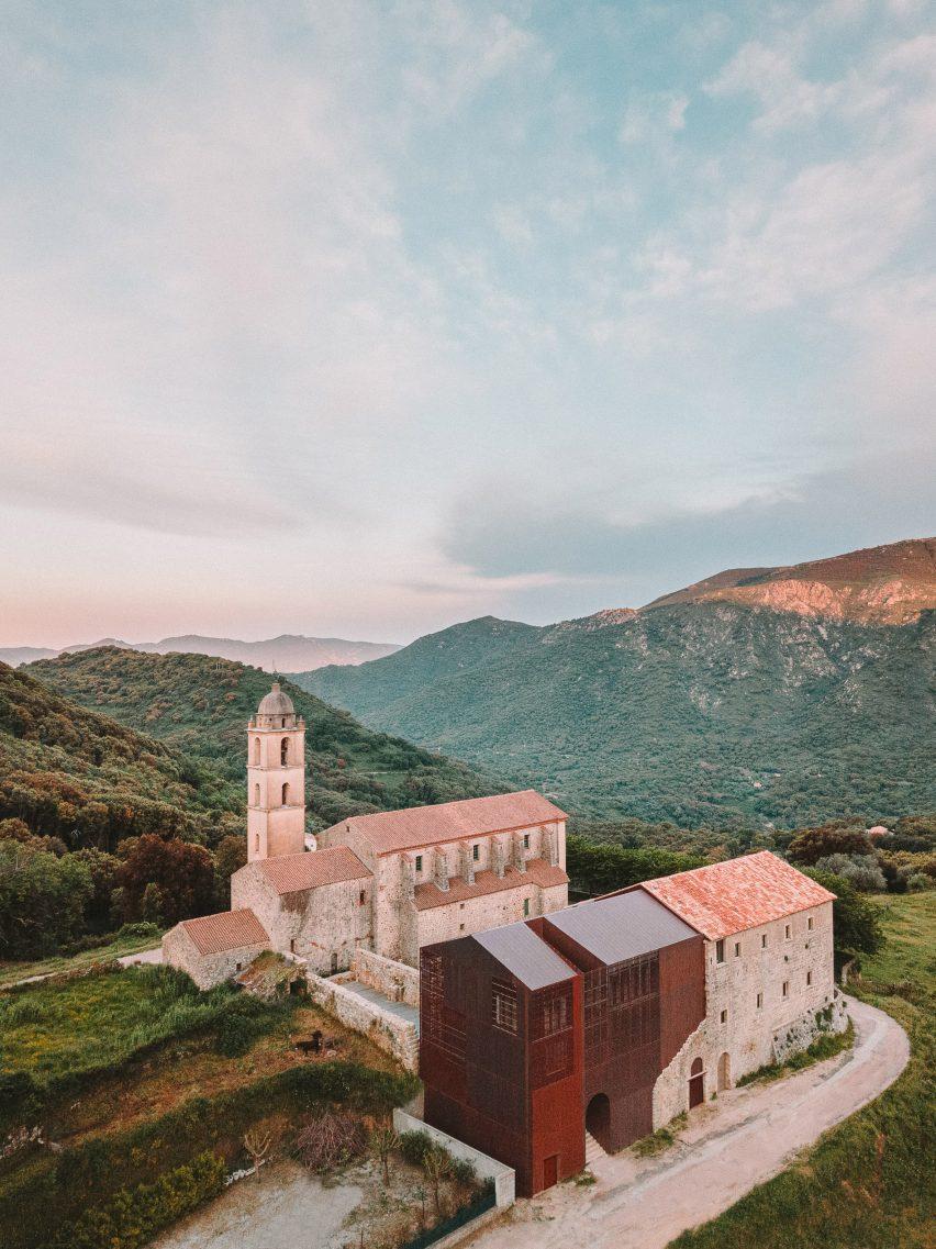 Saint-Francois Convent was built on a hillside