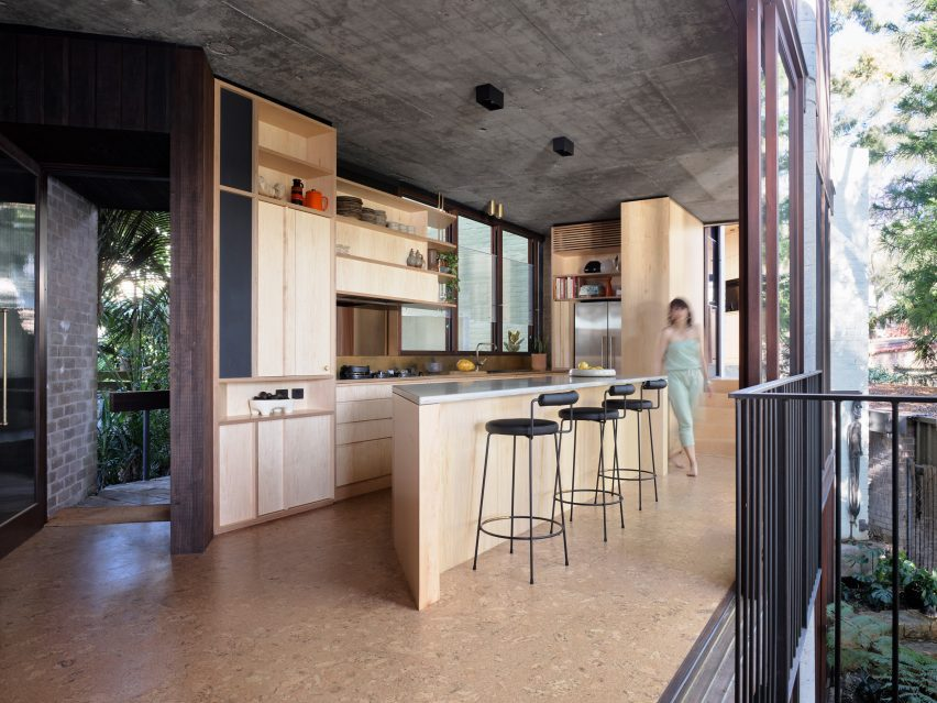 SRG House by Fox Johnston