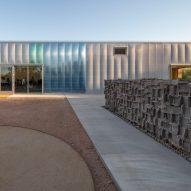 Hazel Hare Center 180 Degrees Colab Studio