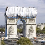L'Arc de Triomphe Wrapped under construction