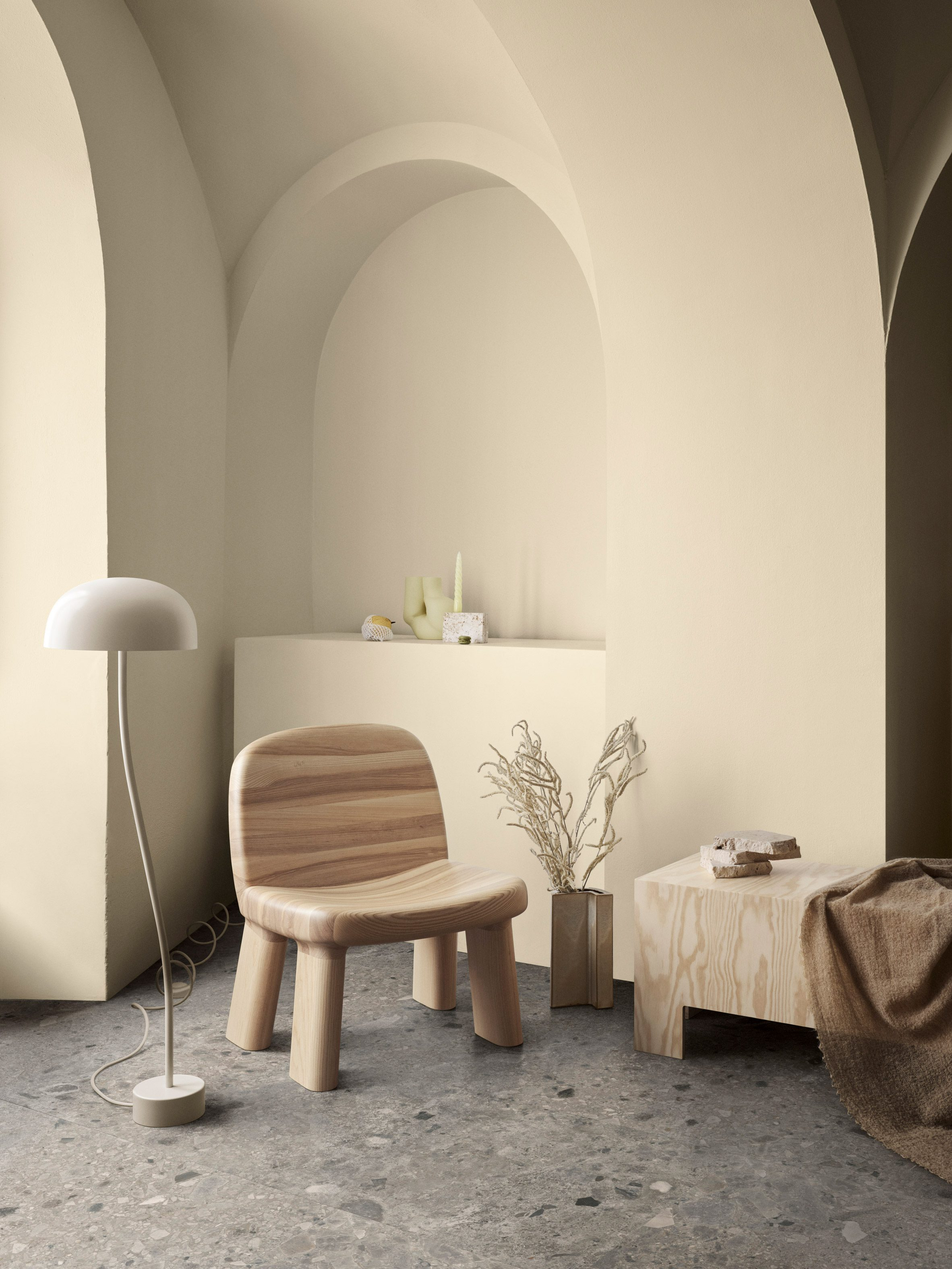Kursi berlengan Maximus oleh Johan Ansander untuk Stasiun Bla dengan sentuhan kayu alami