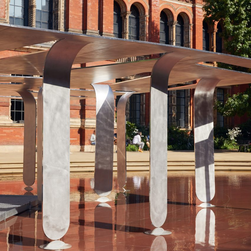 Between Forests and Skies pavilion by Nebbia Works at V&A for LDF