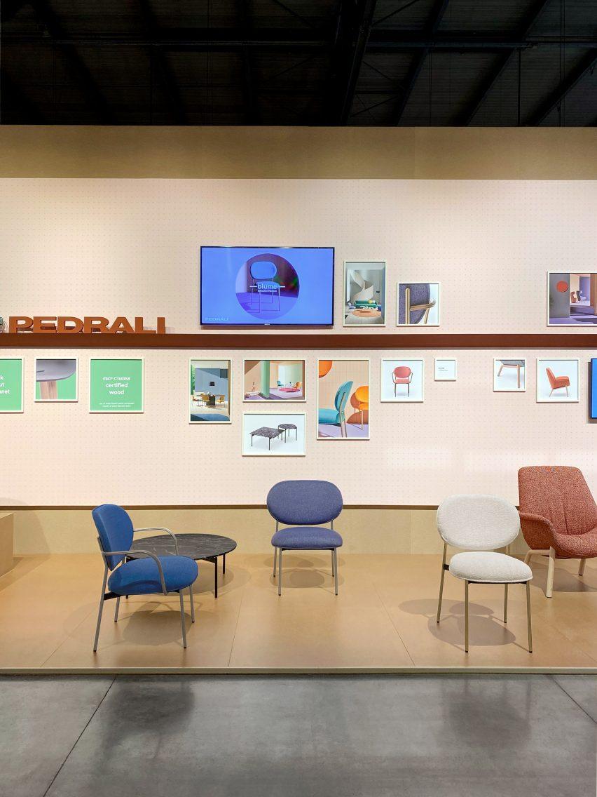 Кресло Blume в Supersalone