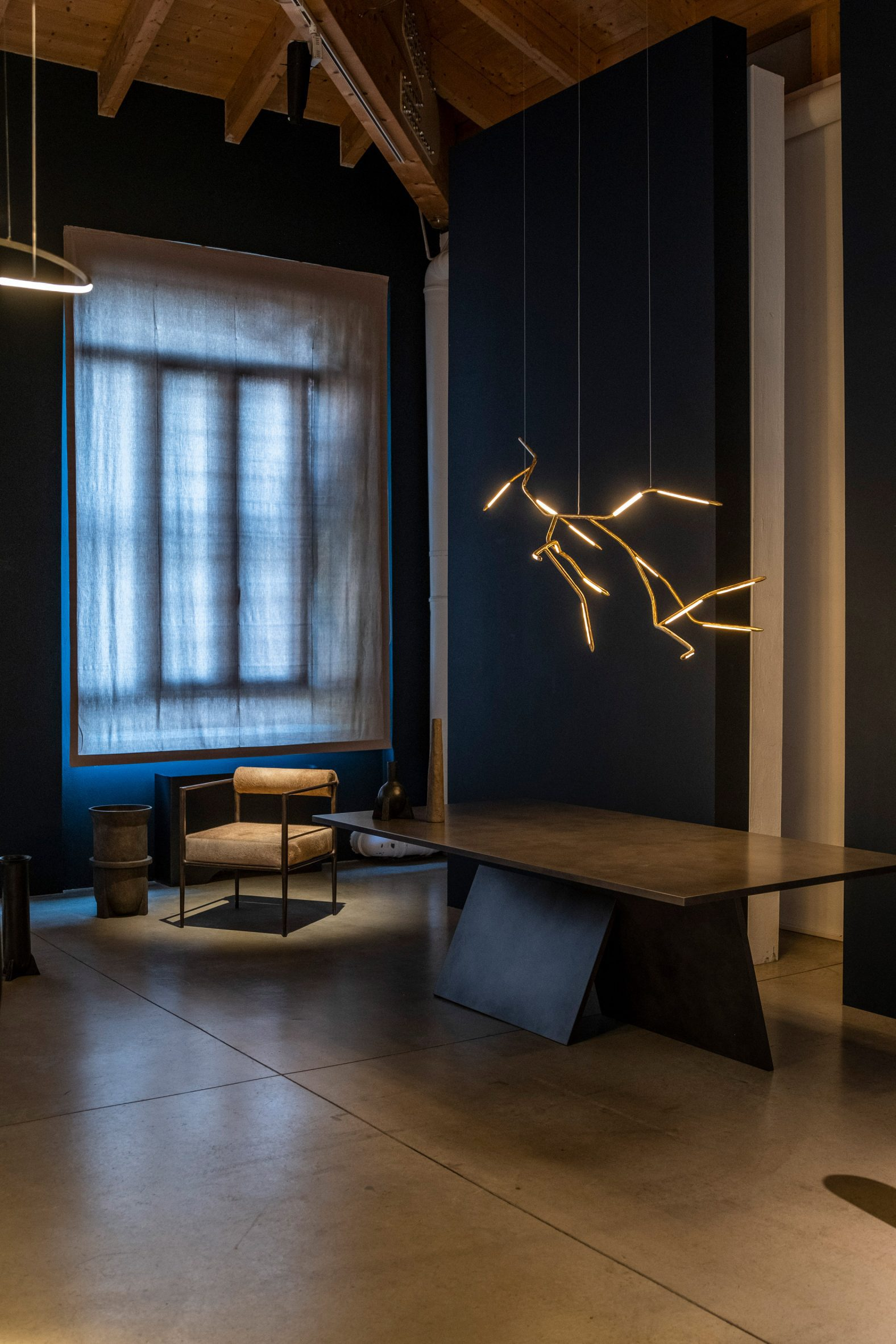Dafne chandelier by Morghen and Rick Owens Square Alchemy chair at Galerie Philia exhibition