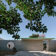 Psychologist's office and tranquil garden hidden behind concrete wall in Uruguay
