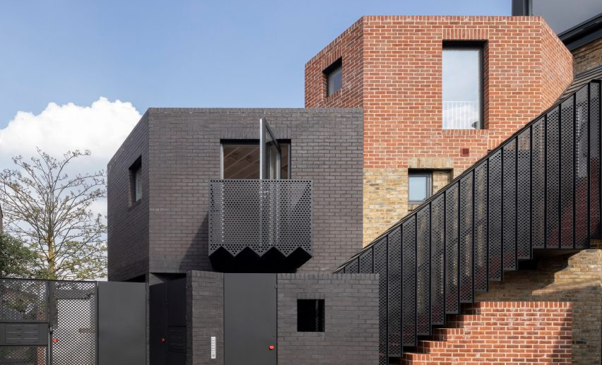 Side elevation of The Queen of Catford by Tsuruta Architects