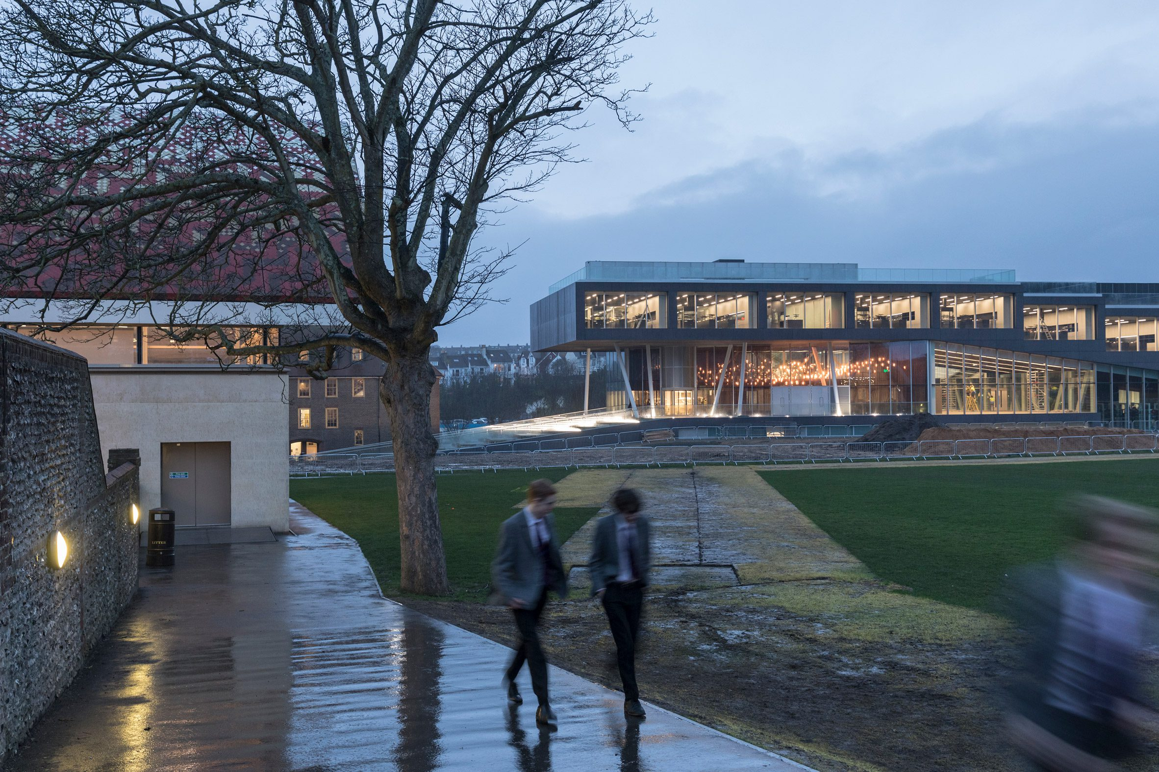 Brighton College – School of Science and Sport by OMA