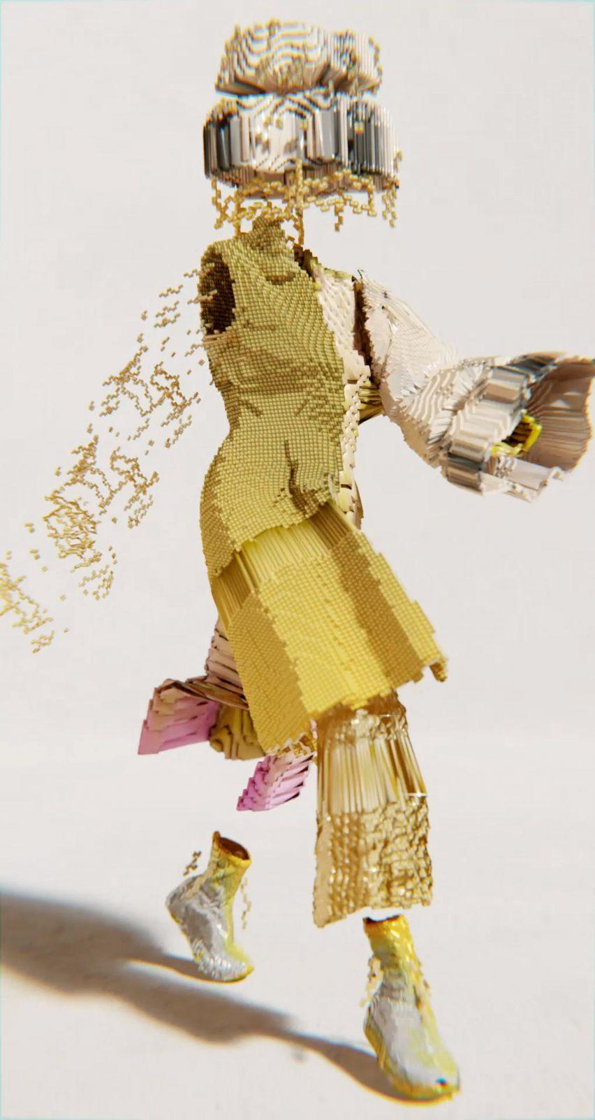 Коллекция Decrypted Garments включала золотой образ, изображенный в середине прогулки.
