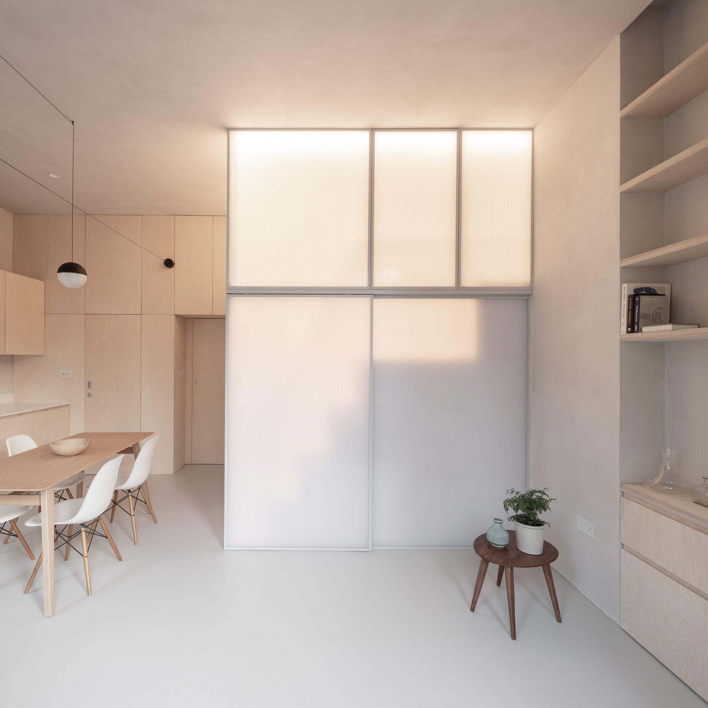 Apartemen mikro dengan ruang tidur tertutup