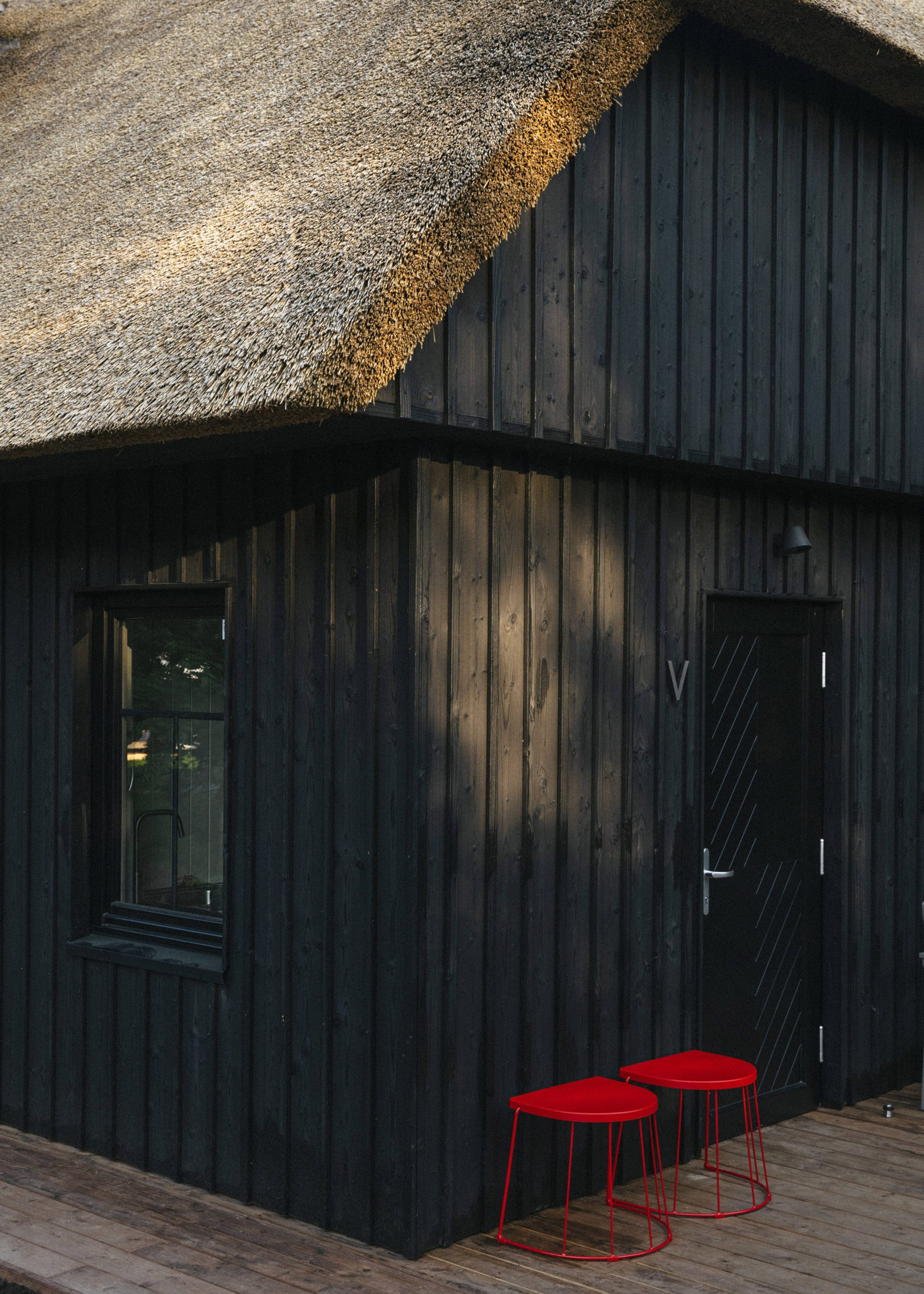 В апартаментах Jūra Spot есть отдельные двери и общие террасы.
