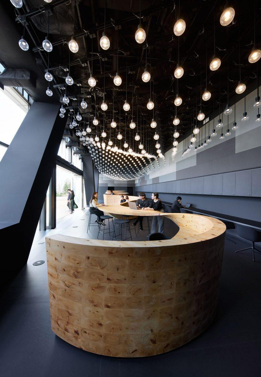 Reception desk in Pangaea co-working by Snøhetta for Digital Garage
