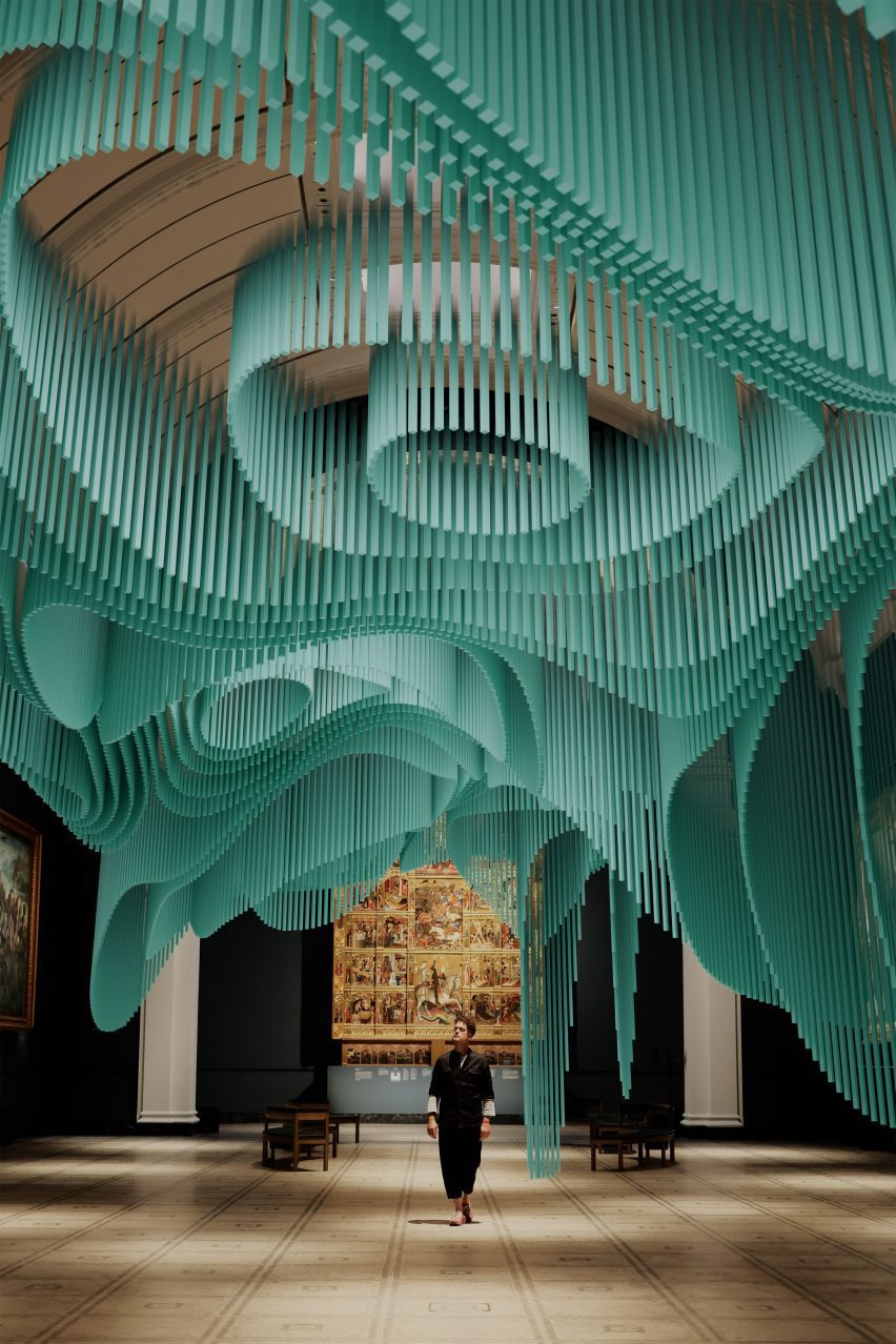 Virtual, floating structures of Medusa