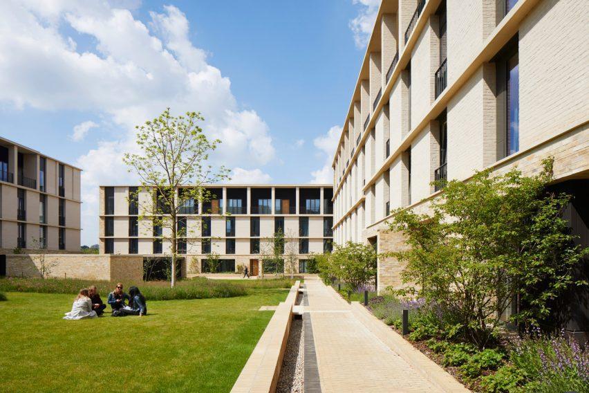 Key Worker Housing, Eddington by Stanton Williams