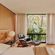 Ten timeless mid-century modern interiors