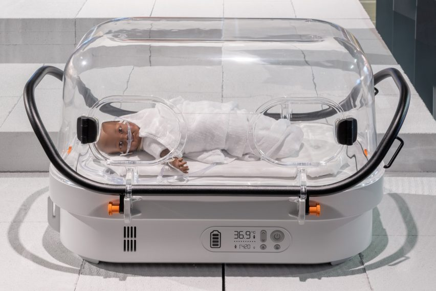 The Robust Nest incubator