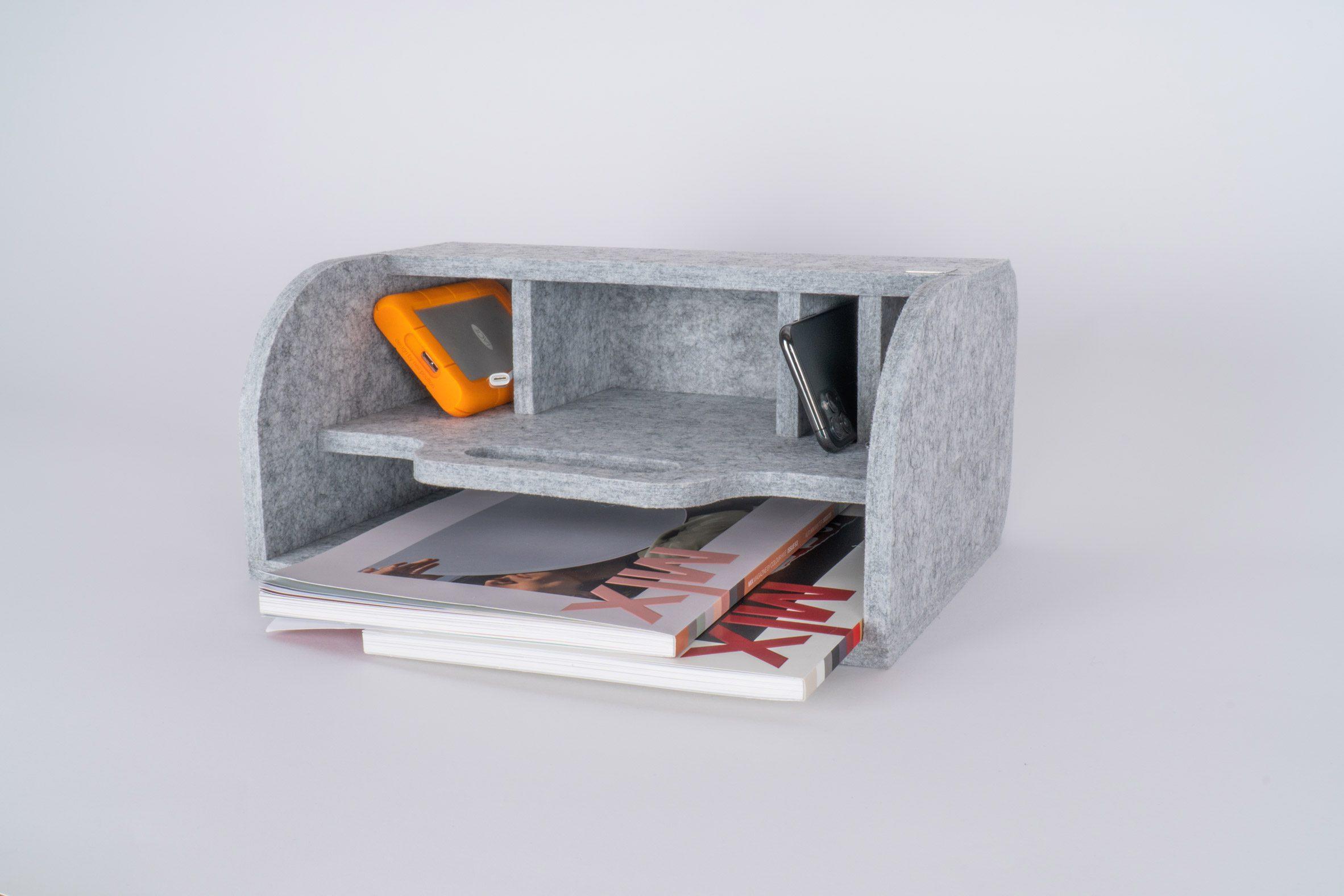 Акустический настольный органайзер TwoWay от Impact Acoustic, размещаемый лежа, образуя входной лоток