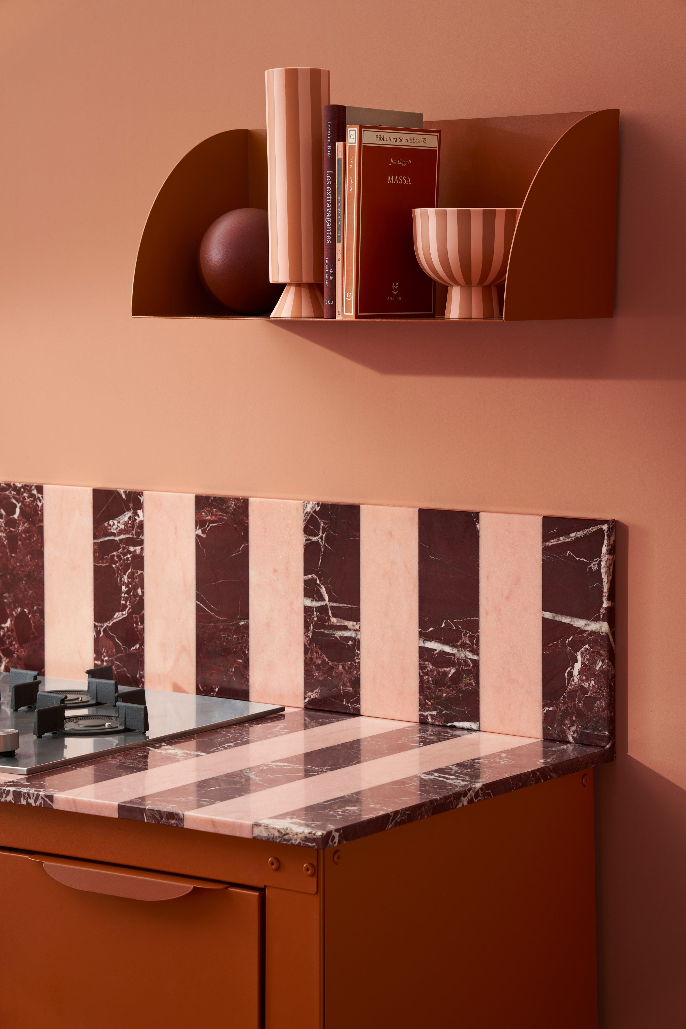 A striped marble counter top