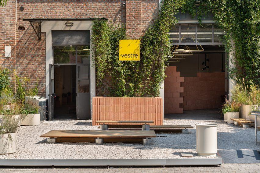 Экстерьер инсталляции Vestra Habitat на миланской неделе дизайна
