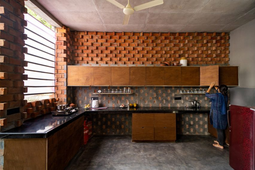 The kitchen at Pirouette House is L-shaped