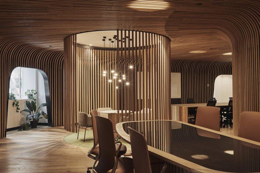 Meeting area with wooden screens in Sculptform Showroom