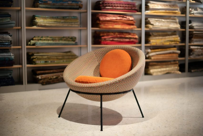 A photograph of Bardi's Bowl Chair by Lina Bo Bardi for Arper in Eureka