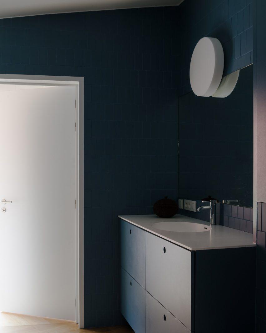 Blue bathroom in house in Belgium