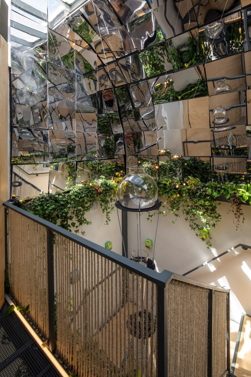 Desinchá features green plants
