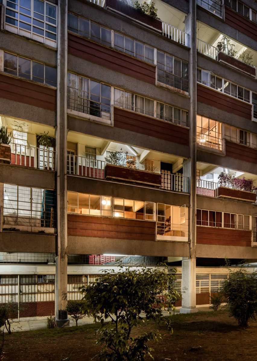 Bangunan apartemen di Mexico City
