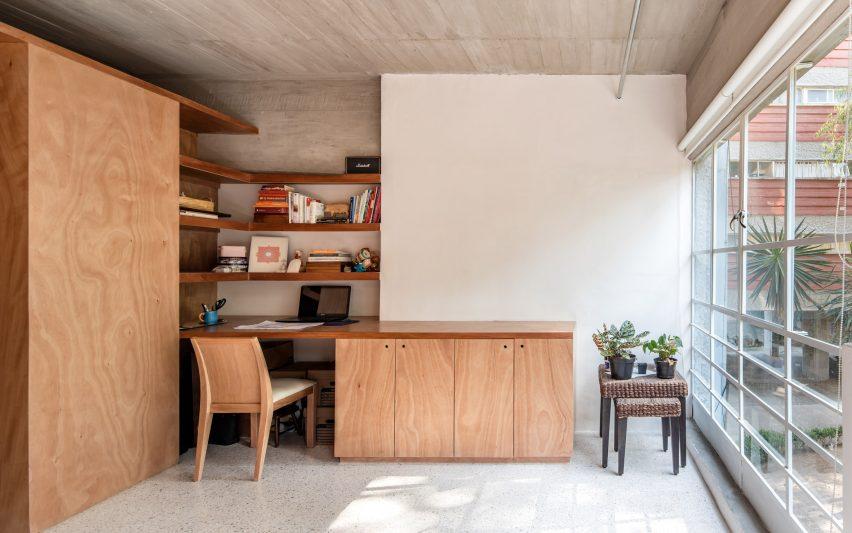 Furnitur penyimpanan built-in oleh Escobedo Soliz