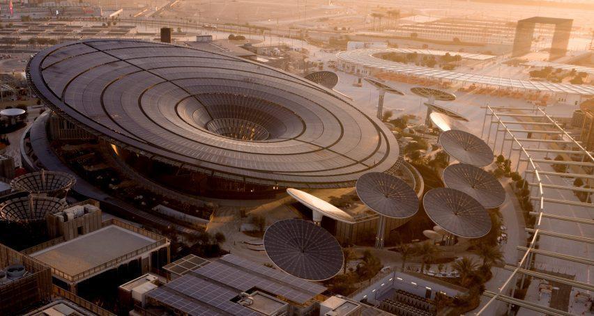Solar panel-topped pavilion at Dubai Expo