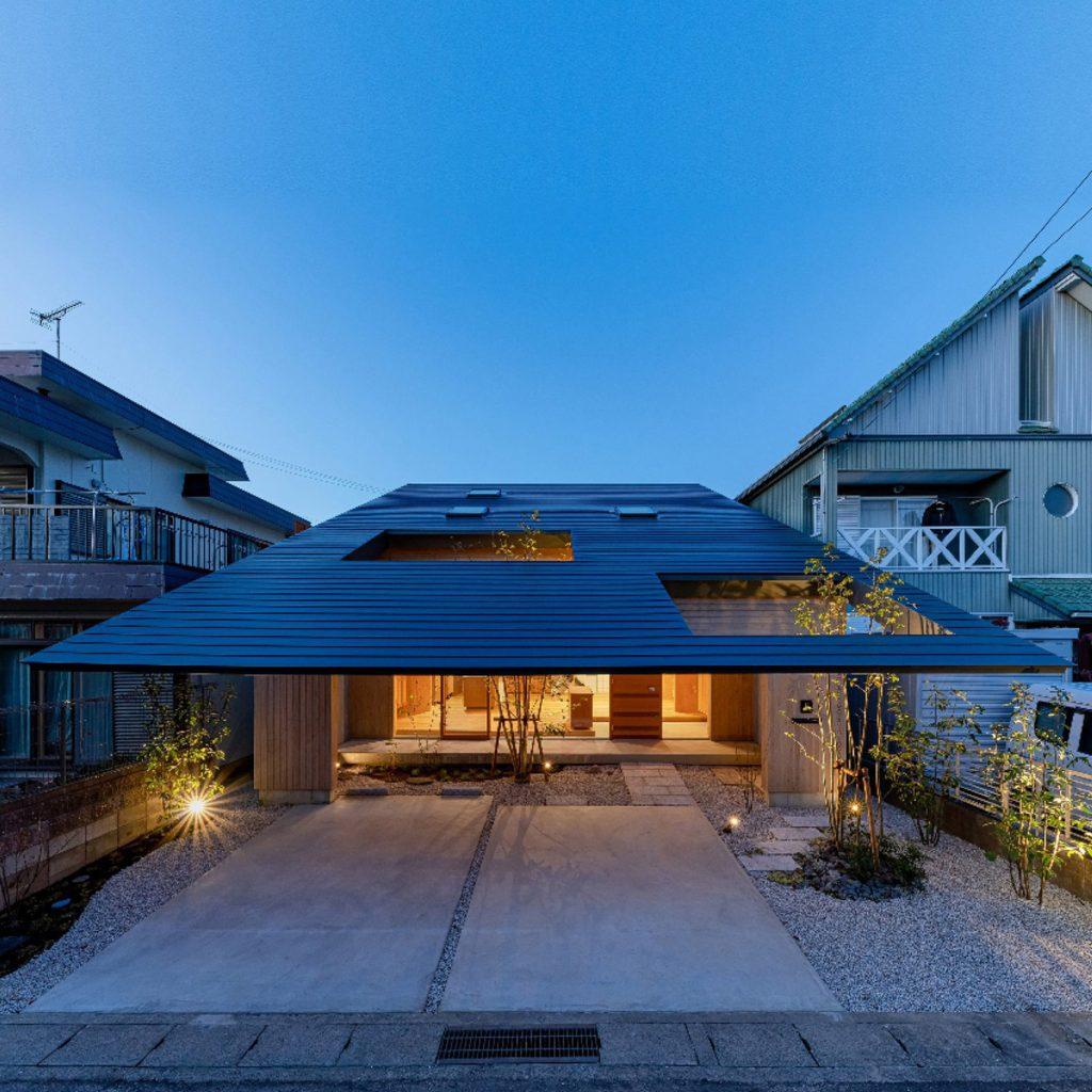 Extended eaves shelter garden of Imaise House by Tatsuya Kawamoto + Associates