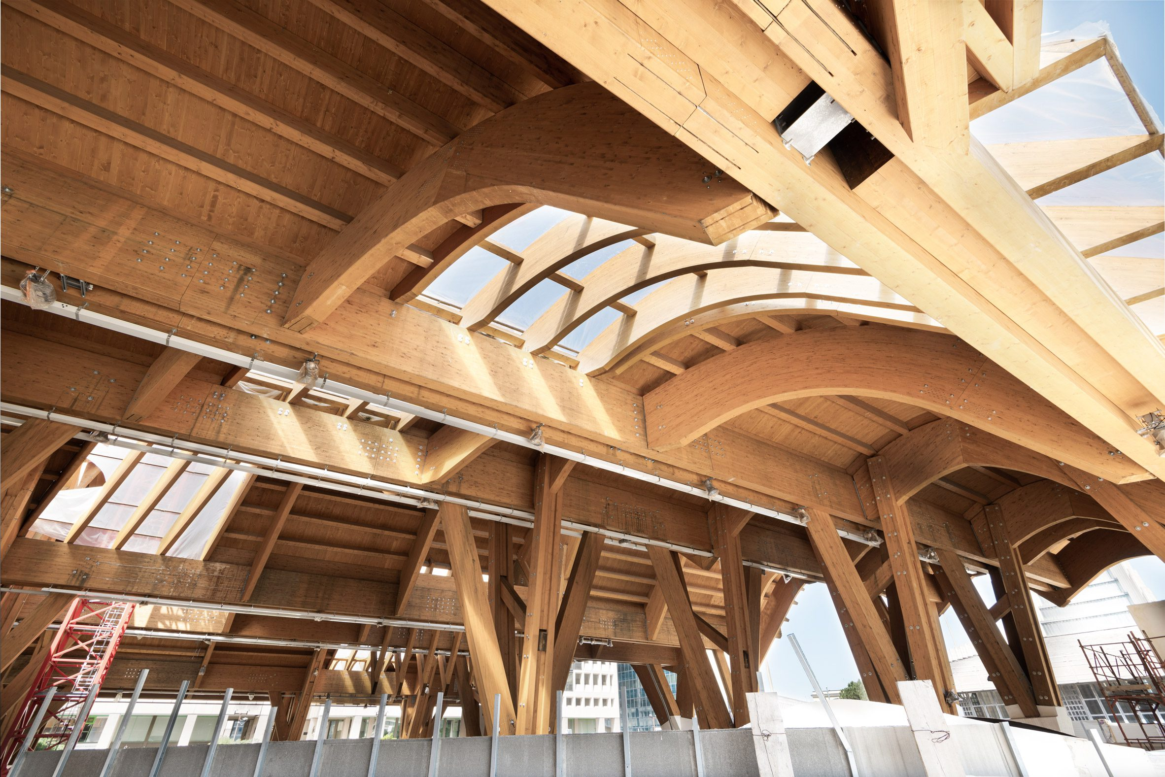 Arches in Italian underground station